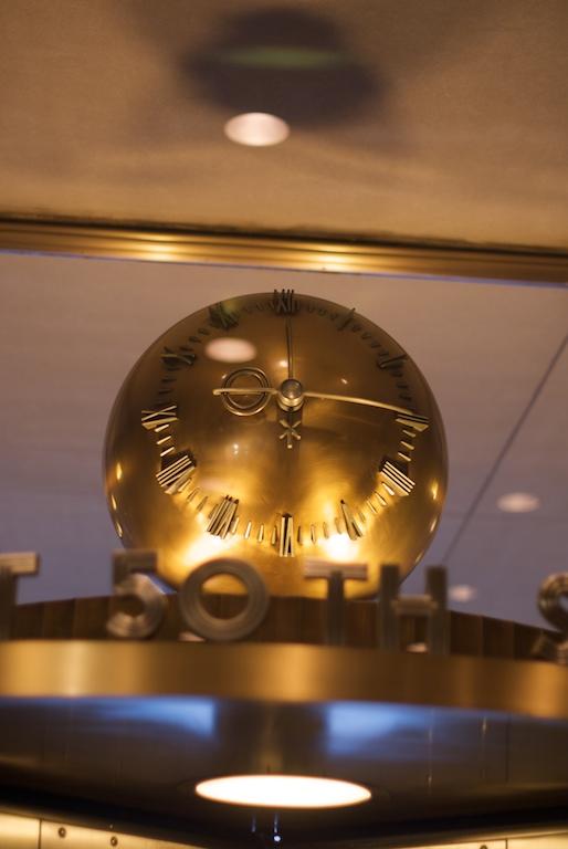Clock_inside_Rockefeller_Center.jpeg