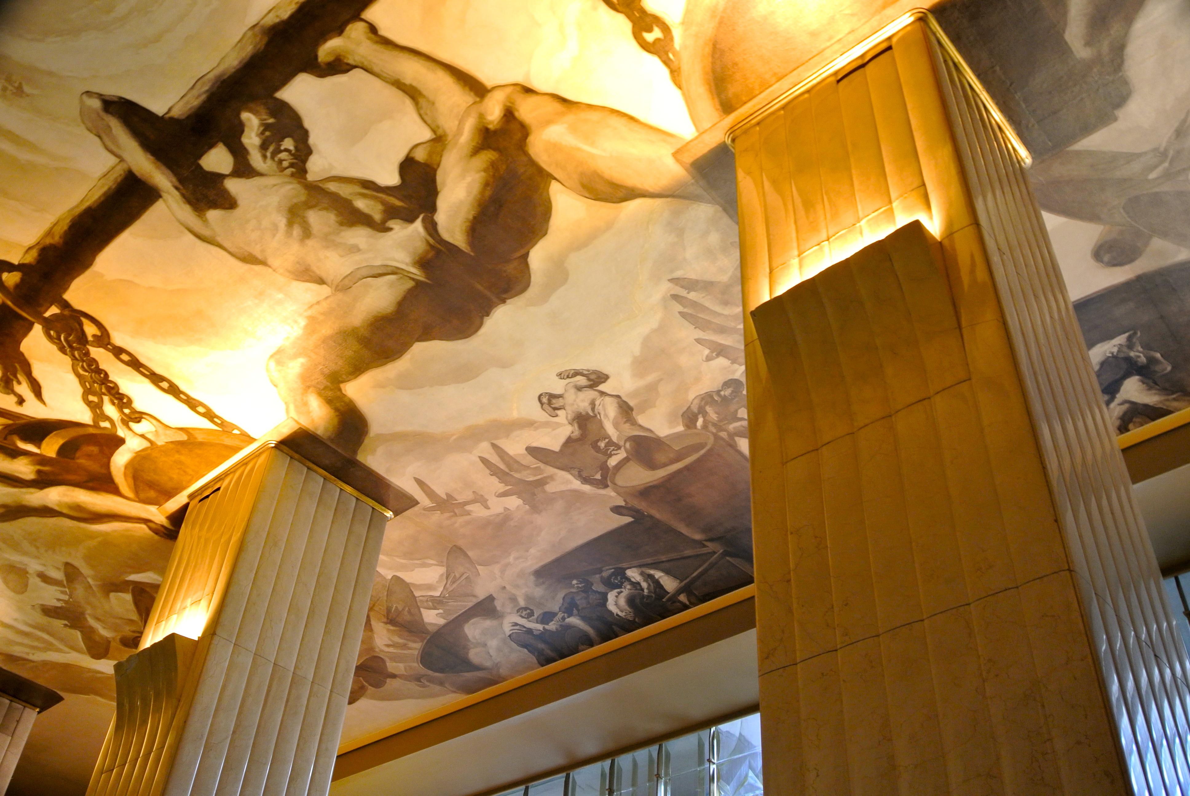 Entrance_of_Rockefeller_Center.jpg