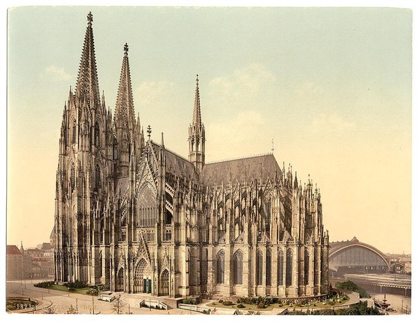 The cathedral, side, Cologne, the Rhine, Germany.jpg