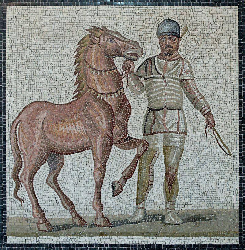 Це зображення має порожній атрибут alt; це ім'я файлу mosaic_white_charioteer_massimo.jpg