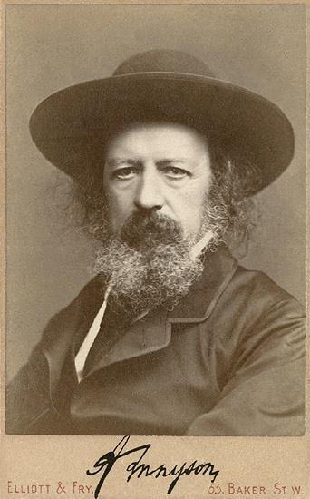 Це зображення має порожній атрибут alt; це ім'я файлу alfred_lord_tennyson_autographed_portrait_by_elliott__fry.jpg
